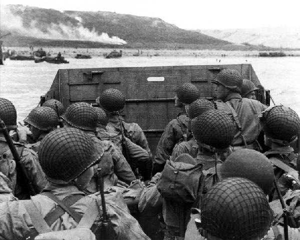 000 d-day-landing-june-1944-omaha-beach-in-normandy-france